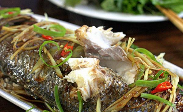 Cách làm cá hấp bia nguyên con đơn giản thơm ngon bổ dưỡng cho mọi người