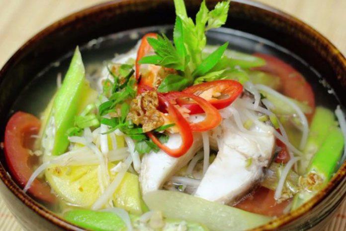 Cách nấu canh chua cá lóc ngon của người miền Nam