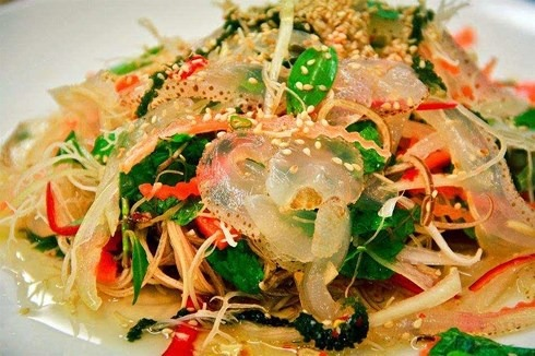 Cách làm gỏi sứa hoa chuối ngon bổ giúp giải độc cơ thể