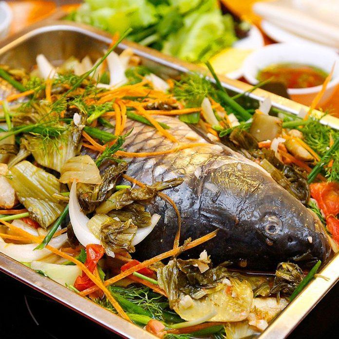 Cách làm món cá chép om dưa ngon và bổ không hề bị tanh