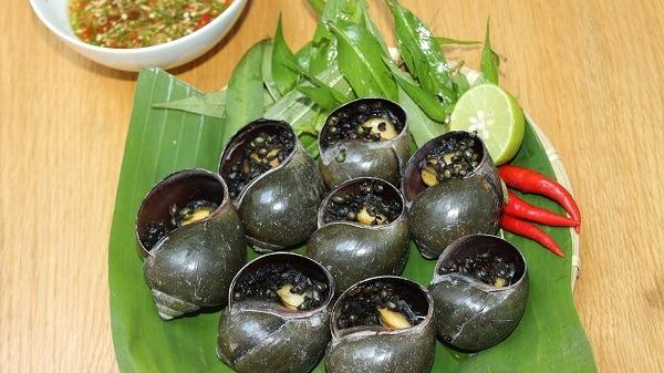 Cách làm ốc bươu nướng tiêu xanh ăn là nghiền tại nhà