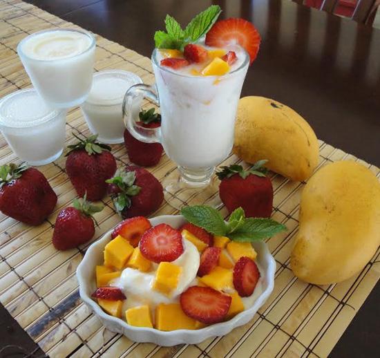 Cách làm sữa chua hoa quả