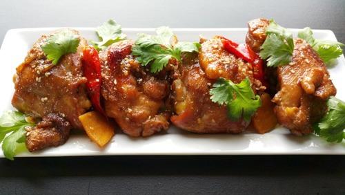 Cách làm thịt gà kho nước dừa thơm ngon không gì sánh bằng
