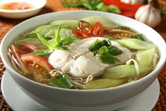 Cách nấu canh chua cá chép giàu dinh dưỡng cho cả nhà