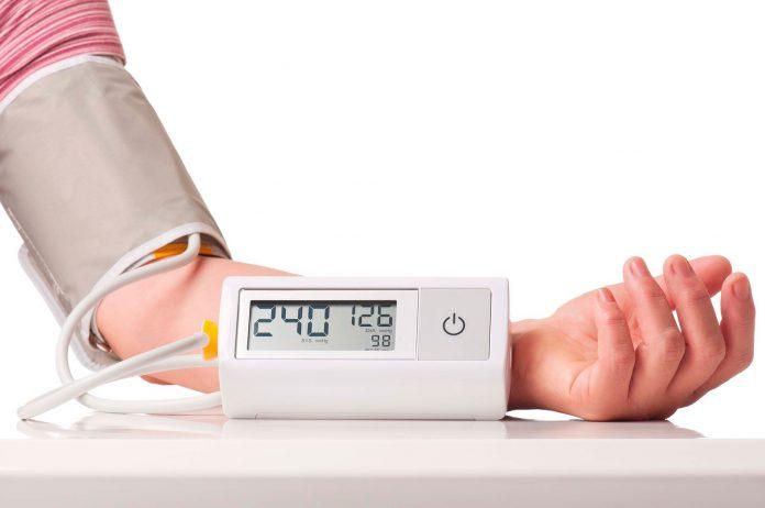 Người tăng huyết áp tránh ăn gì