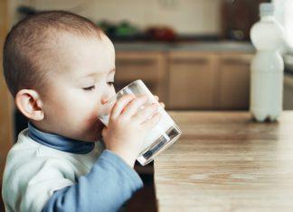 Cách làm sữa yến mạch thơm ngon bổ dưỡng cho bé yêu