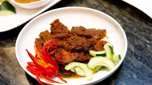 Thịt bò kho kiểu Indonesia