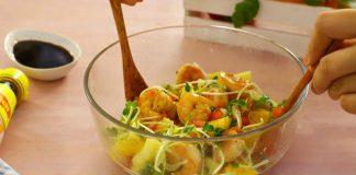 Salad tôm dưa vàng độc đáo