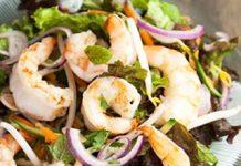 Salad tôm nhãn độc đáo